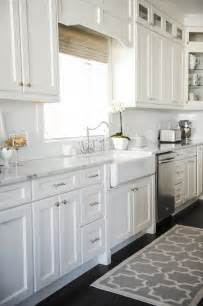 White Cabinets In Kitchen by Kitchen Sink Rug Kitchen Cabinets White