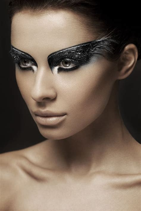 themes within black swan best 25 black swan makeup ideas on pinterest black swan