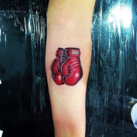 muay thai tattoos best 25 boxing gloves ideas on boxing