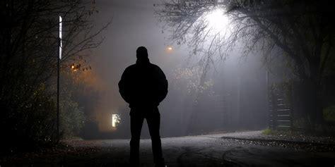 wann fängt die nacht an wohnungseinbruch wann zahlt die versicherung