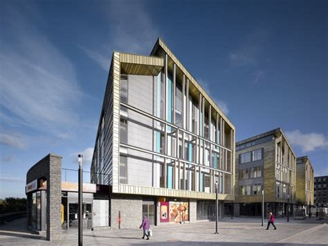 Keynsham Civic Centre   e architect