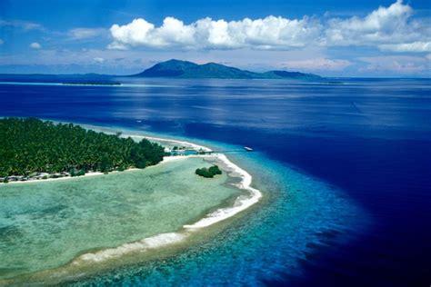 info seputar wisata indonesia pantai karimunjawa pantai