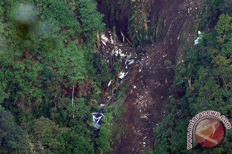 Pearl Wings Ori Ratu New pesawat sukhoi superjet 100 yang jatuh di gunung salak
