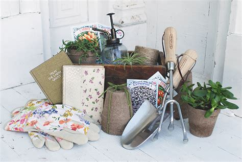 gardeners gift basket  merrythought