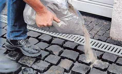 pflastersteine verfugen sand kopfsteinpflaster verfugen wege z 228 une bild 2 selbst de