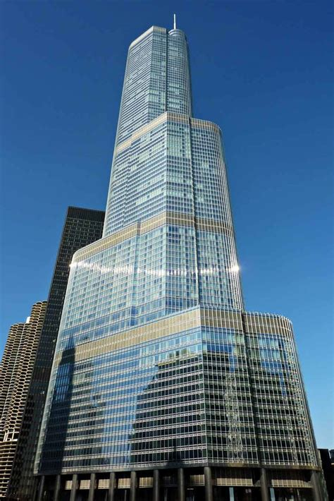 world of architecture tallest towers trump tower chicago head in the clouds the 15 tallest buildings in the world