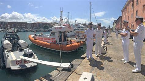 capitaneria porto livorno il comandante dell accademia navale in visita alla sede