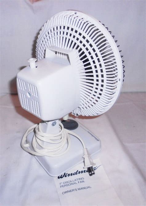 small oscillating fan amazon vintage windmere small 7 quot oscillating desk fan 2 speed