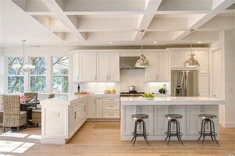kitchen with island and peninsula best 25 kitchen peninsula and island ideas on pinterest