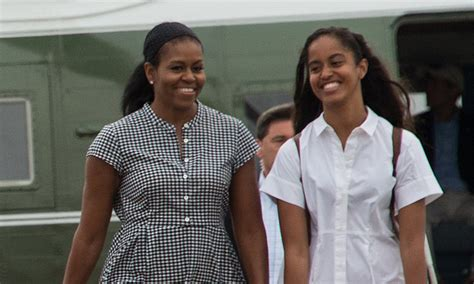 michelle obamas boyfriend malia and sasha are all grown up at state dinner