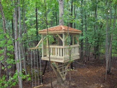 backyard tree house kits 486 best images about tree houses and forts on pinterest