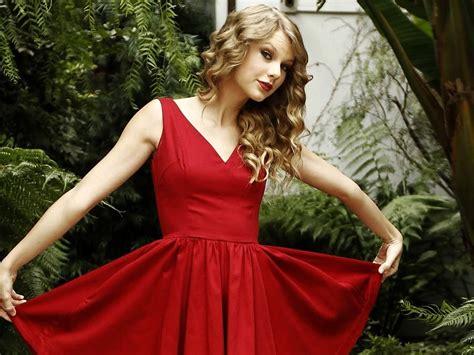 taylor swift gorgeous inspiration hd wallpaper taylor swift gorgeous in red free desktop