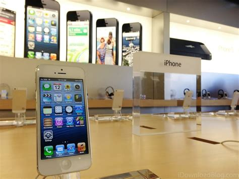 iphone store apple to host iphone upgrade event this week