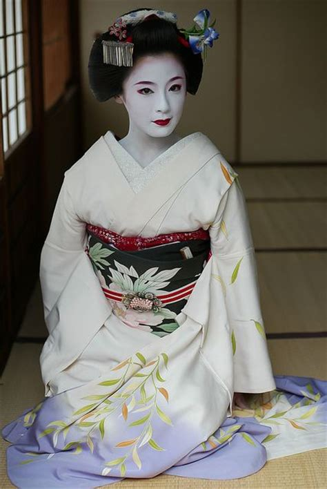 Eyeliner Kimono 1938 best gueixa images on geisha geishas and