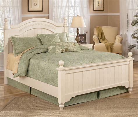 ashley furniture white bed signature design by ashley cottage retreat queen size
