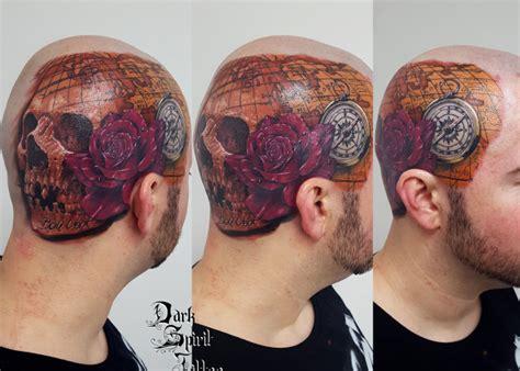 tatouage masque venitien fleur de lys puzzle