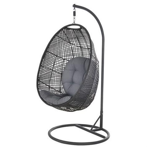 chaise suspendue jardin 17 best ideas about chaise suspendue on fauteuil suspendu interieur fauteuil