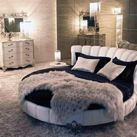 bedrooms pinterest the 25 best glamour bedroom ideas on pinterest
