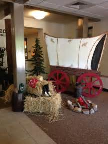 wilder westen dekoration west covered wagon vbs western theme decoration