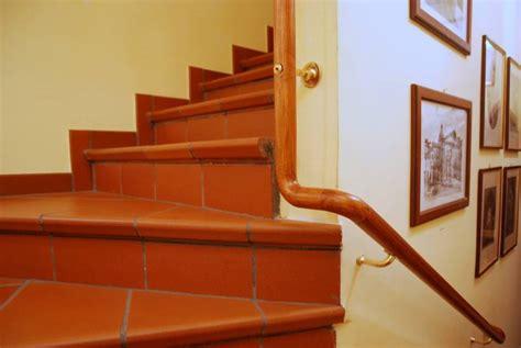 corrimano scale in legno scala corrimano in legno design contemporaneo fabbrica di