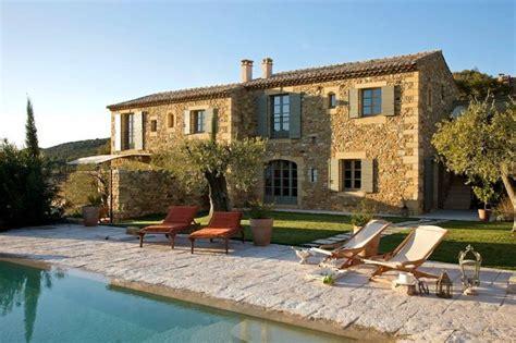 charming mediterranean farmhouse retreat  provence
