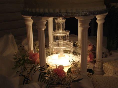 fountain wedding cake designs