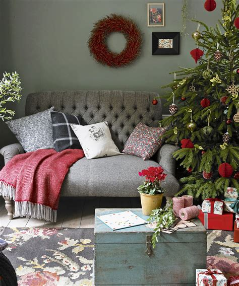 Home Decor Tree by Christmas Living Room Decorating Ideas To Get You In The