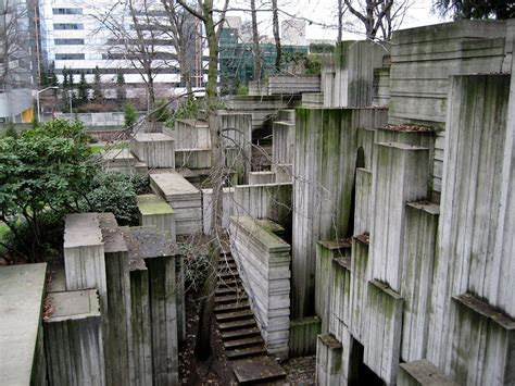 freeway park seattle by halprin associates - Landscape Architect Seattle