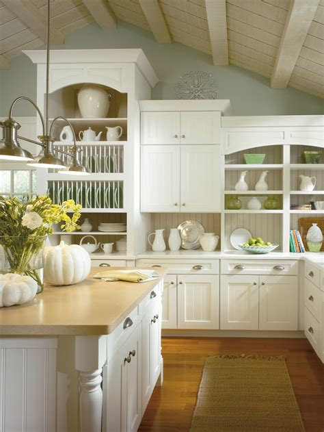 Kitchen Cabinet Ideas For Vaulted Ceilings Clean And Organized Gorgeous Kitchen This Is One Way
