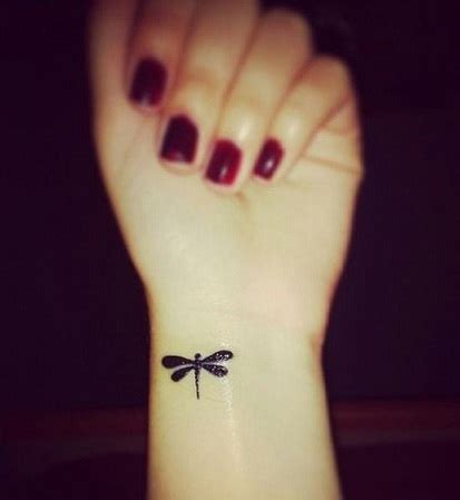 coolest small tattoos 50 meaningful and small designs for