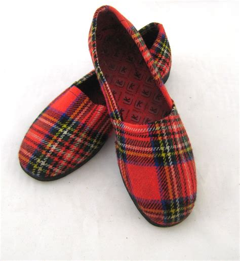 red house slippers 60s mens slippers red plaid slippers mens house shoes mens