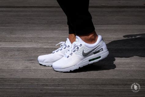 Sepatu Sport Nike Air Zero nike air max zero essential white cool grey platinum 876070 102