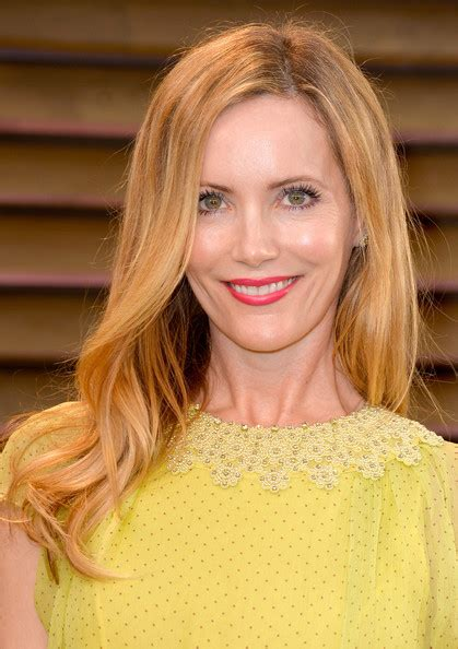 leslie mann short hair leslie mann long wavy cut long hairstyles lookbook