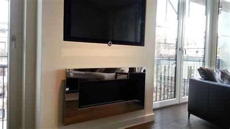 raumteiler für tv fernseher design kamin