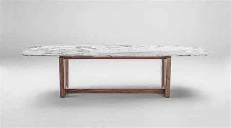 tavolo in marmo un tavolo in marmo arabescato destinato alle eccellenze