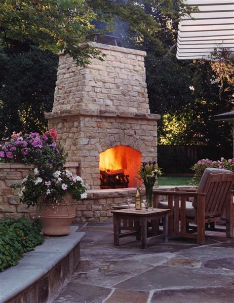 relaxing outdoor fireplace designs   garden
