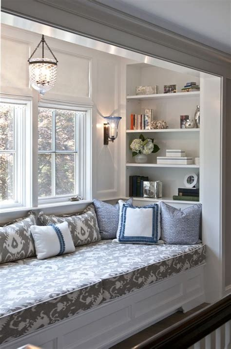 window seating ideas 25 best ideas about window bed on built in
