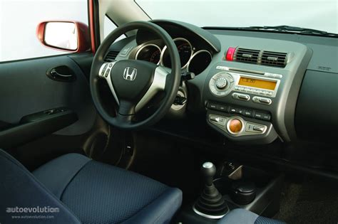 interior jazz 2005 honda jazz fit specs 2004 2005 2006 2007 2008