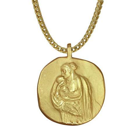 Harga Oline Workrobe kanye west luncurkan koleksi perhiasan yeezy harpersbazaar co id