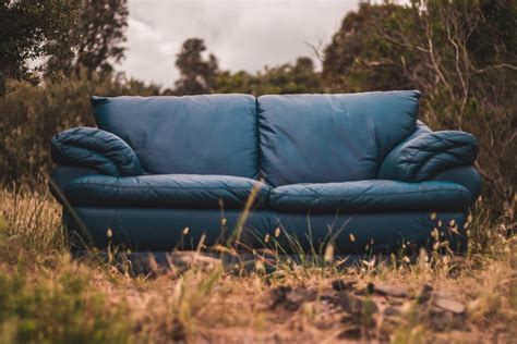How To Dispose Of An Sofa by How To Dispose Of A In Palm County Jiffy Junk