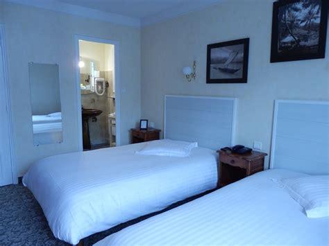 chambre lit jumeaux chambres lits jumeaux hotel la corniche