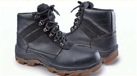 Sepatu Casual Warna Pink Olahraga Boot Boots Wedges Heels Kets Flat 2 sepatu boot adventure murah warna hitam mewah