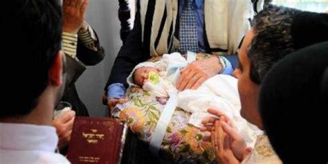 Wanita Dewasa Sunat Foto Tolak Sunat Anaknya Wanita Israel Didenda Rp 1 6 Juta