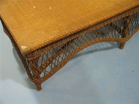 Wicker Fainting by Antique Wicker Fainting