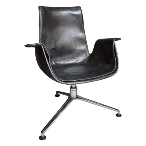 3 Legged C Chair by Fabricius Quot Bird Quot Desk Chair With Three Legged Base For