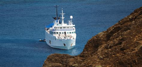 galapagos catamaran charter what s the difference catamarans vs expedition vessels in