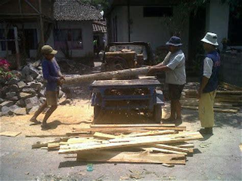 Alat Gergaji Kayu alat dan bahan pendukung pembuatan produk kerajinan kayu antik mobil mobilan triyandra craft