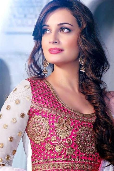 hairstyles for saree 20 cute hairstyles to wear with saree hairstyles for saree 20 cute hairstyles to wear with saree