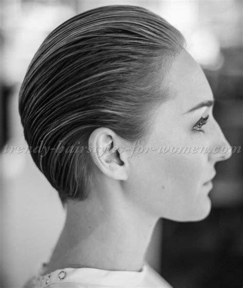 womans face at angle hair slicked on white stock photo best 25 short inverted bob ideas on pinterest