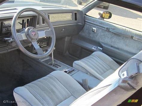 santanoriess 1987 buick regal interior